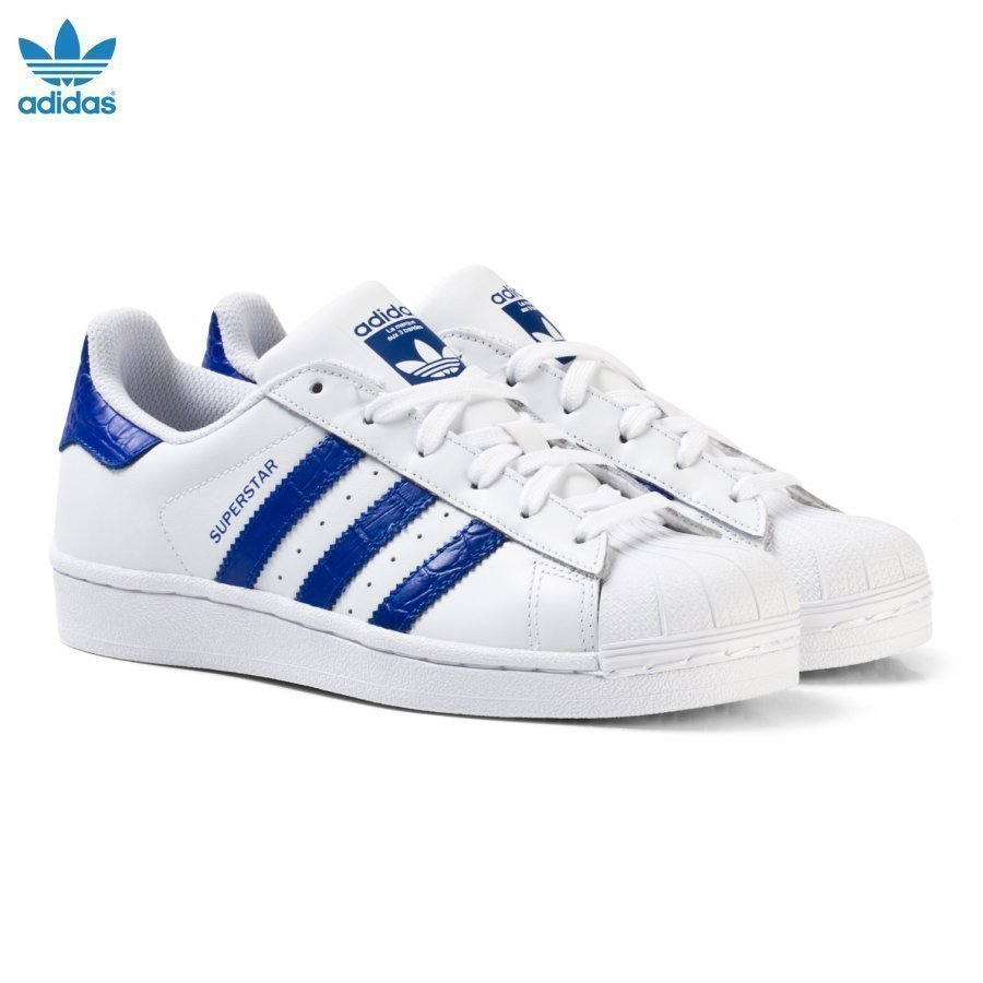 Adidas Originals White And Blue Junior Superstar Trainers Lenkkarit