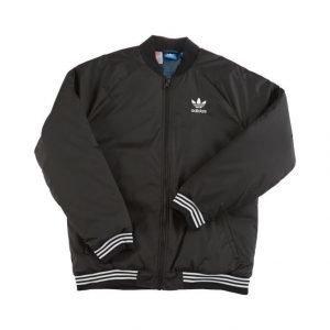 Adidas Takki