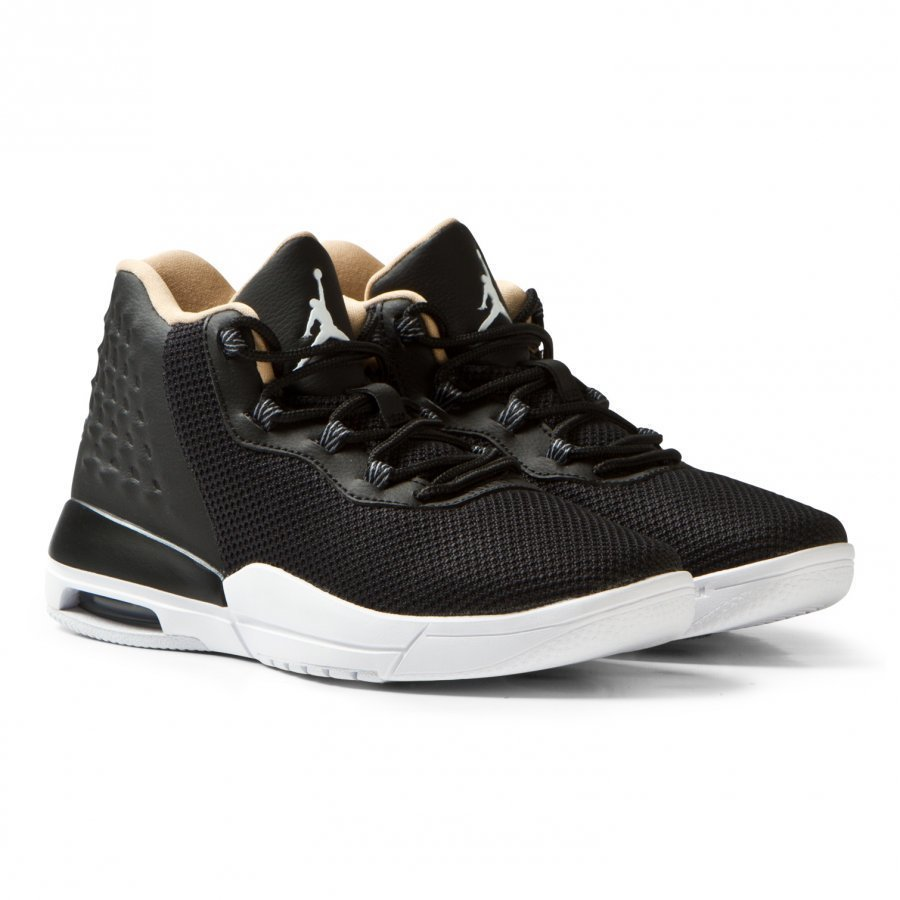 Air Jordan Black Jordan Academy Junior Trainers Lenkkarit