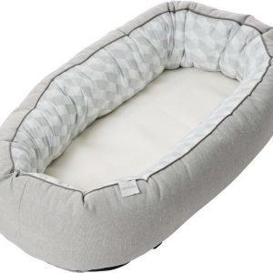 Baby Dan Cuddle Nest Ergo Harmaa