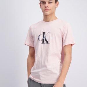 Calvin Klein Monogram Logo T Shirt T-Paita Vaaleanpunainen