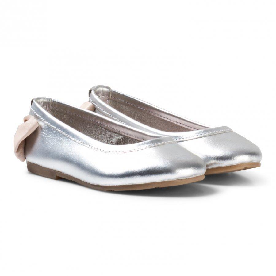 Carrément Beau Silver Bow Back Ballet Pumps Ballerinat