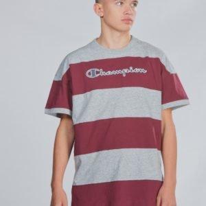 Champion Rochester Crewneck T Shirt T-Paita Violetti