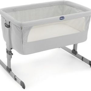Chicco Bedside Crib Next2me Silver