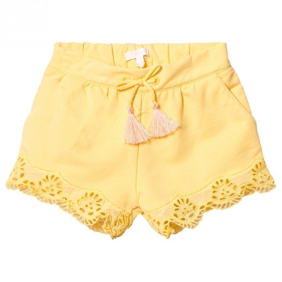 Chloé Yellow Broderie Anglaise Hem Shorts Juhlashortsit