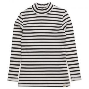 CostBart Astrid Long Sleeve T-Shirt