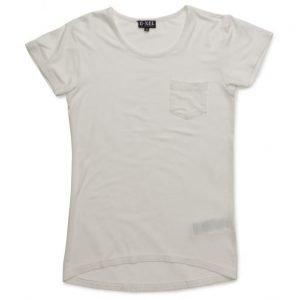 D-xel Holli T-Shirt