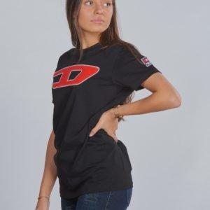 Diesel Tjustdivision D T Shirt T-Paita Musta