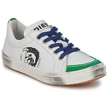 Diesel VAR1 matalavartiset kengät