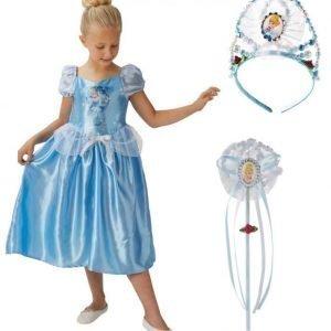 Disney Princess Tuhkimo Naamiaisasu + Kruunu + Taikasauva Paketti