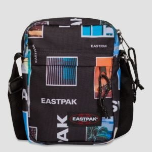 Eastpak The One Laukku Musta