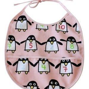 Färg & Form Ruokalappu Penguin Pals Vaaleanpunainen