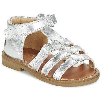 GBB MAEVA sandaalit