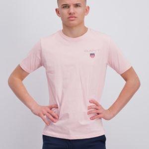 Gant Medium Shield T Shirt T-Paita Vaaleanpunainen
