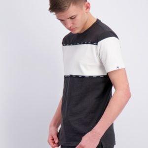 Garcia T Shirt Short Sleeve T-Paita Musta