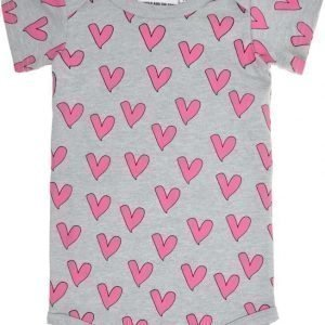 Gardner and the gang Body Love heart Grey