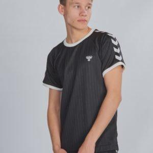 Hummel Hmlclark T Shirt S/S T-Paita Musta