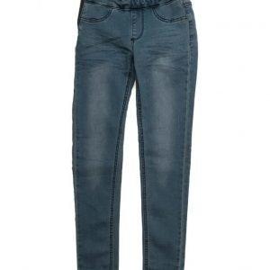 I dig denim Ruby Jeans