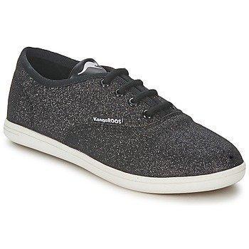 Kangaroos ALENCIA matalavartiset kengät