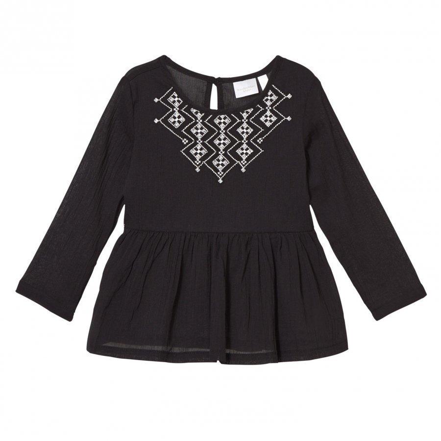 Kardashian Kids Black Embroidered Blouse Pusero