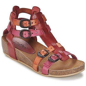 Kickers BOMDIA sandaalit