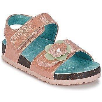 Kickers MAGILOVE sandaalit