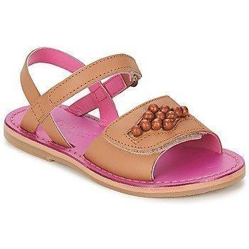 Kickers PARMA sandaalit
