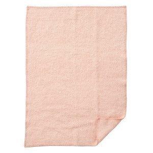 Klippan Yllefabrik Domino Baby Villahuopa Vaaleanpunainen 65x90 Cm