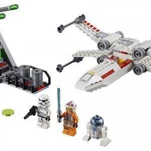 Lego Star Wars Tm 75235 X Siipisen Tähtihävittäjän Lento Juoksuhaudoissa