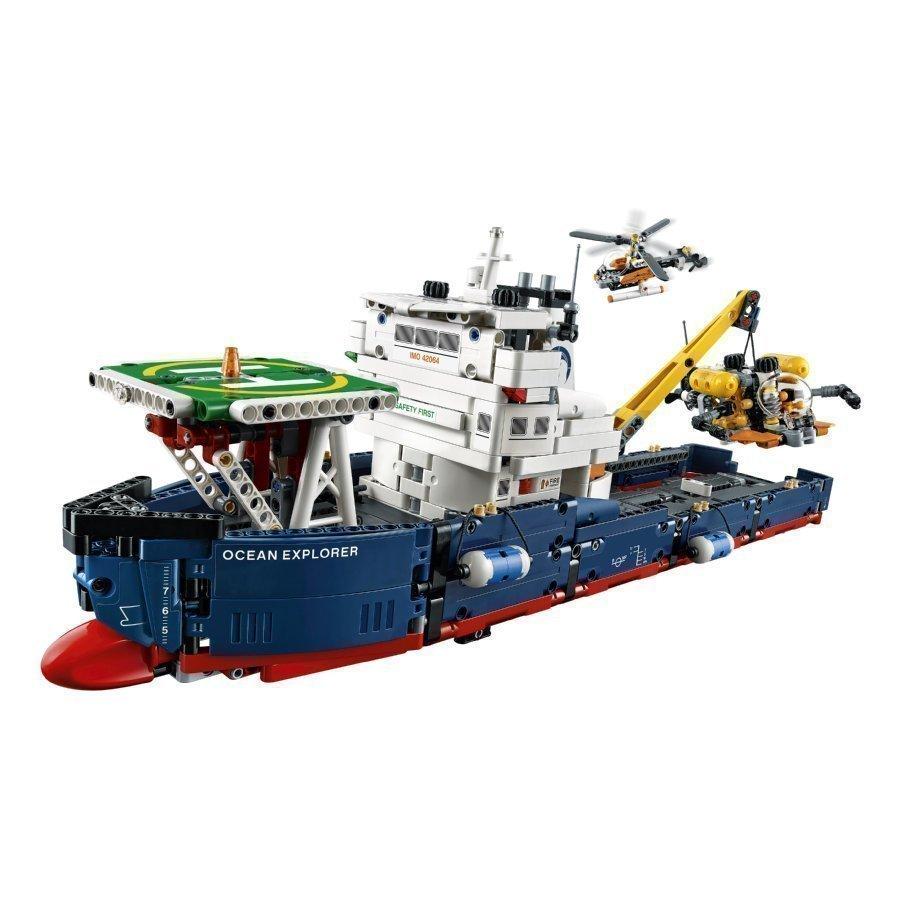 Lego Technic Valtameriristeilijä 42064