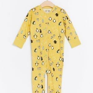 Lindex Pyjama Jossa Pingviinejä Keltainen
