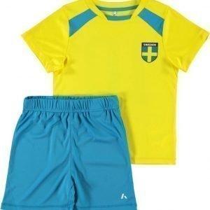 Name it Jalkapallosetti T-paita ja shortsit Ruotsi