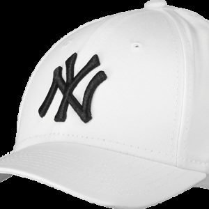 New Era League Essential 940 Ney Cap Lippis