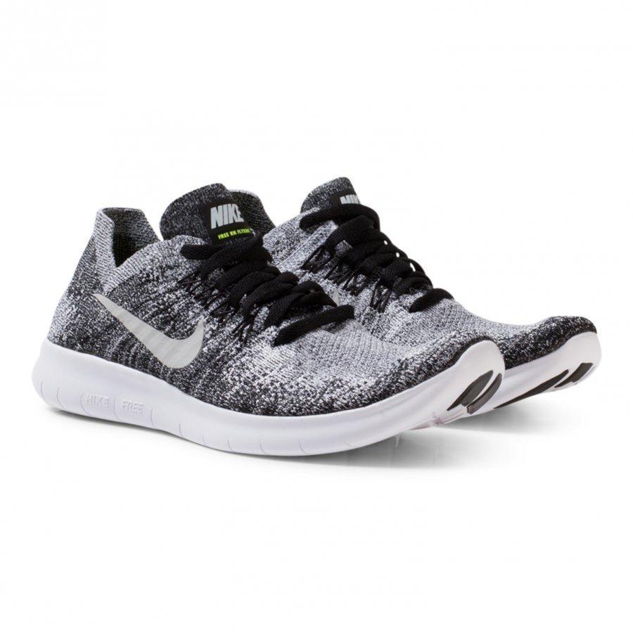 newest bfd60 86975 Nike Black Junior Flyknit 2 Free Run Trainers Urheilukengät