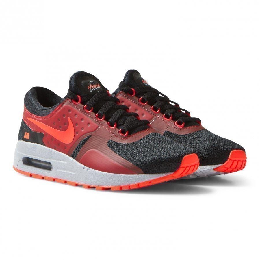 Nike Black Red Zero Essential Junior Trainers Lenkkarit