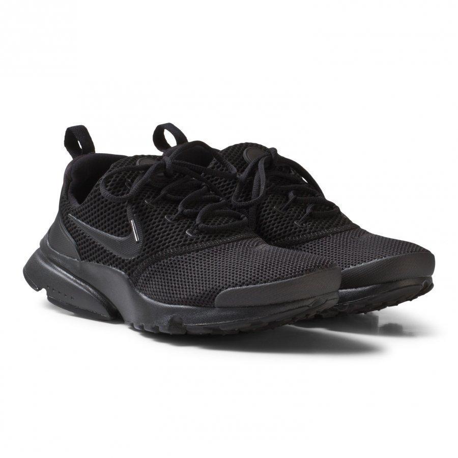 Nike Presto Fly Junior Shoe In Black Lenkkarit
