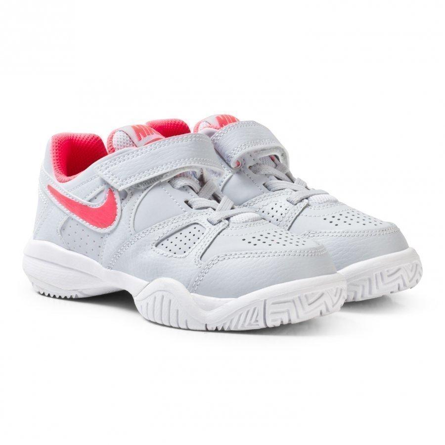 Nike White City Court 7 Tennis Shoe Urheilukengät