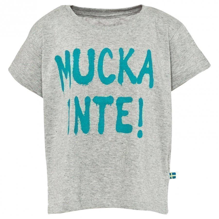 The Brand Mucka Inte Girl Tee Grey/Green T-Paita