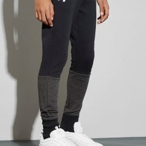 Under Armour Double Knit Track Pants Musta